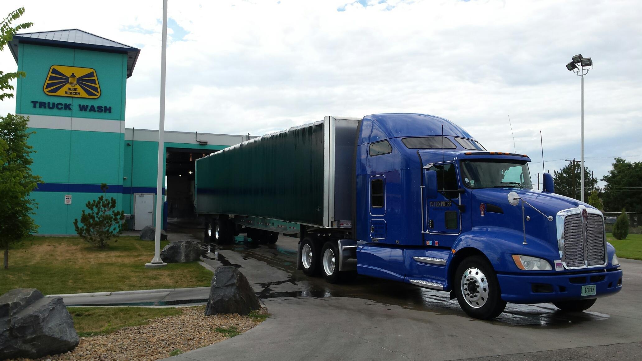 Flatbed Trucking I V Express Logistics And Solutions Expert Logistic Company
